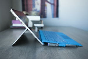 Surface Pro 3's massive battery drain is a software problem, Microsoft says