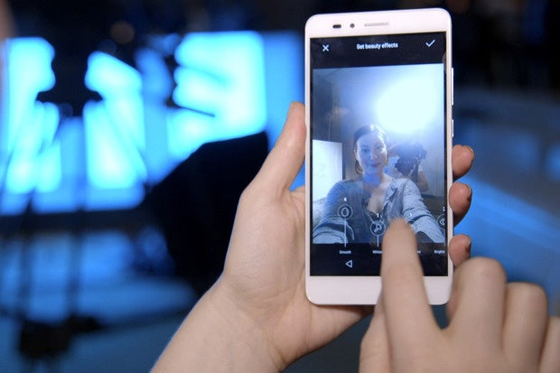 Honor 5X Is An <strong>Android</strong> Phone Made <strong>For</strong> Millennials